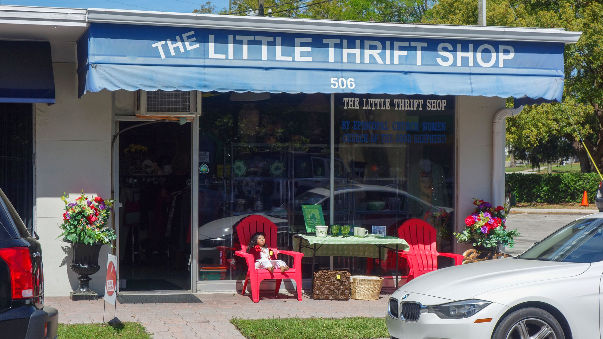 COGS The Little Thrift Shop